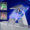 Robinet cascade avec LED RGB changement de couleur