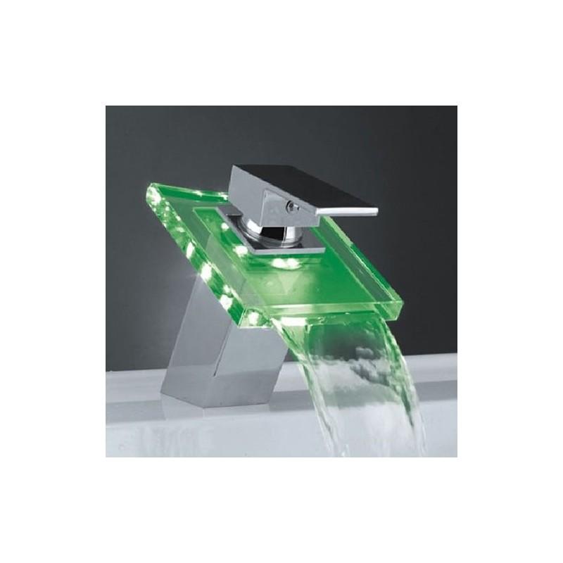 robinet cascade avec led rgb changement de couleur. Black Bedroom Furniture Sets. Home Design Ideas